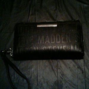 Steve Madden wristlet/ wallet fair condition